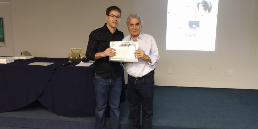 Noticia Presidente do Grupo Agronelli é homenageado na ABCZ da netbasic uberaba mg